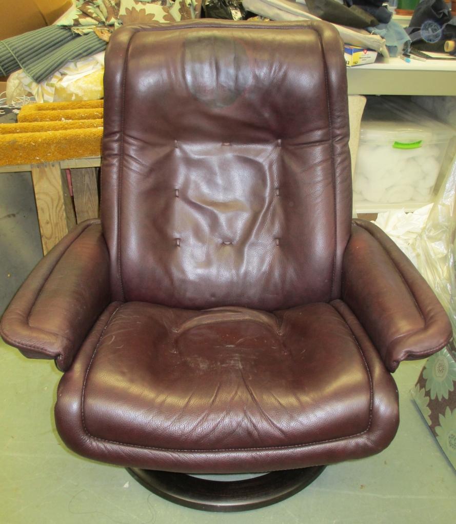 Before restoration/note headrest of EKORNES RECLINER damage